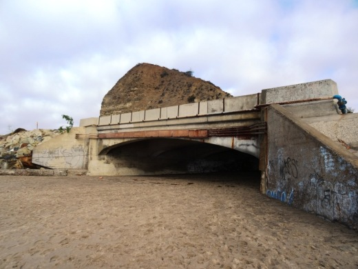 The PCH bridge that connects Sycamore Cove Beach with Sycamore Canyon Campground