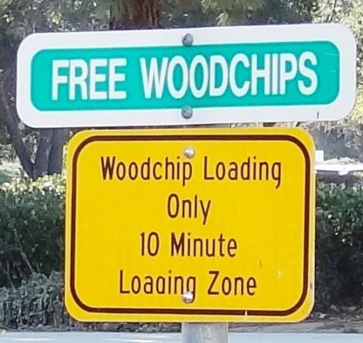 FreeWoodchips.JPG