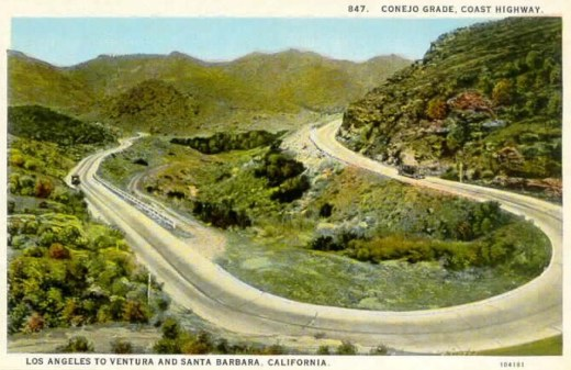 Horseshoe shaped section of the Conejo Grade in the 1920s (Photo Courtesy of Pleasant Valley Historical Society)