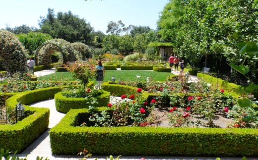 The immaculate gardens of the world in thousand oaks is a cultural landmark conejo valley for Gardens of the world thousand oaks