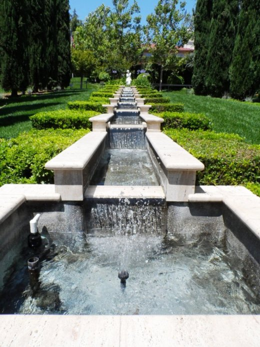 The immaculate gardens of the world in thousand oaks is a cultural landmark conejo valley guide for Gardens of the world thousand oaks