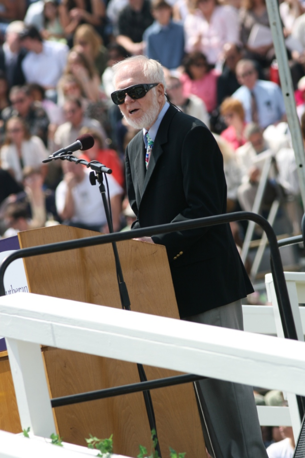 Gerald Swanson accepting Cal Lutheran's Honorary Alumni award at the 2007 Undergraduate Commencement