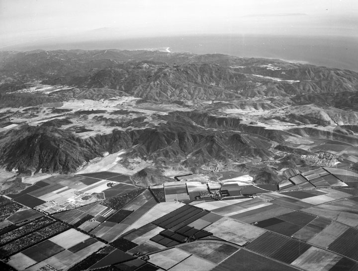 Aerial View of Dos Vientos Ranch in 1956 (Photo Credit: Howard D. Kelly, Kelly-Holiday Collection of Negatives and Photographs/Los Angeles Public Library)