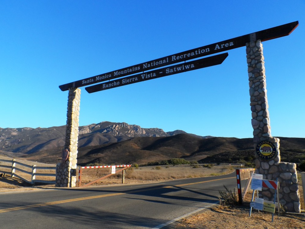 Entrance into Rancho Sierra Vista/Satwiwa at Lynn Road and Via Goleta in Newbury Park