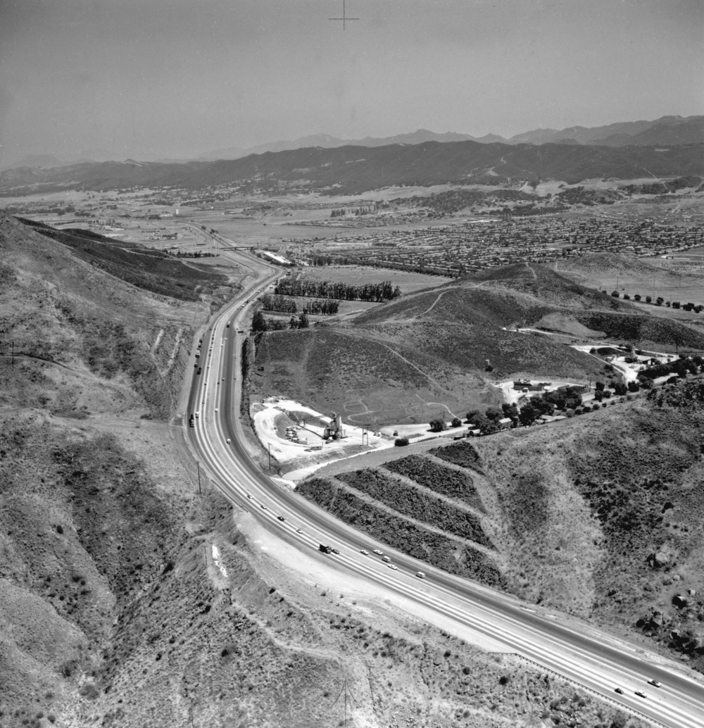 Conejo Grade 1970 (Photo by Frank Knight; Image courtesy of Conejo Through the Lens, Thousand Oaks Library)