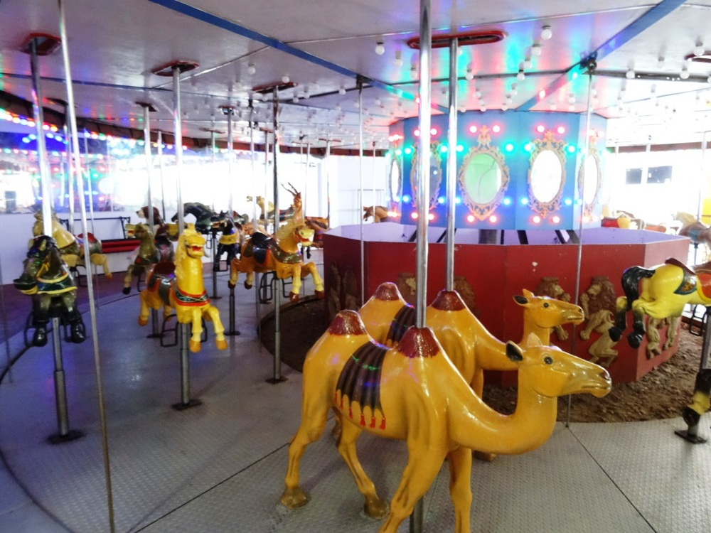 Retro look and feel at the Ventura Village Carousel