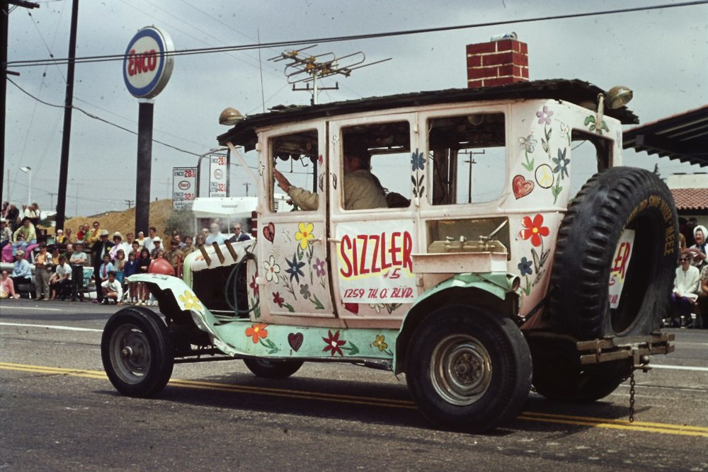 Conejo Valley Days Parade 1970 with auto promoting Sizzler