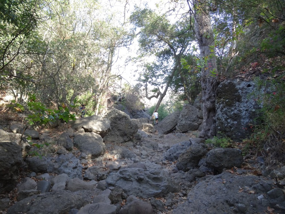 continue your way to the grotto through this unmarked, increasingly rocky section