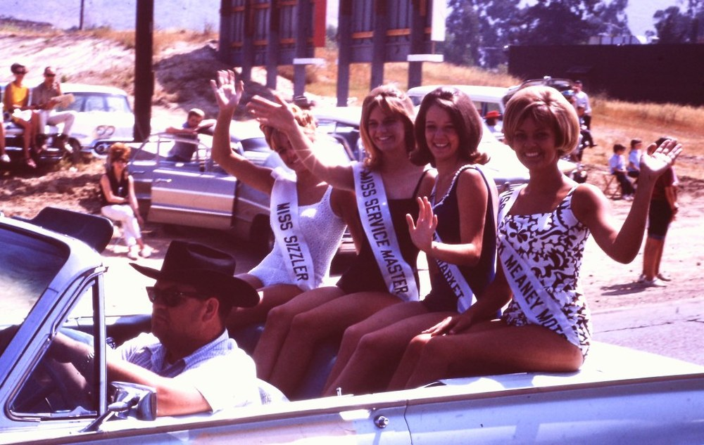 Another scene from the 1966 Conejo Valley Days Parade. Miss Shakey's is absent! But Miss Sizzler is present!