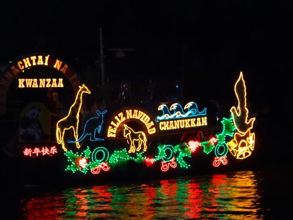 41st Annual Ventura Harbor Holiday Parade of Lights on December 15-16  sc 1 st  Conejo Valley Guide & 41st Annual Ventura Harbor Holiday Parade of Lights on December 15 ... azcodes.com