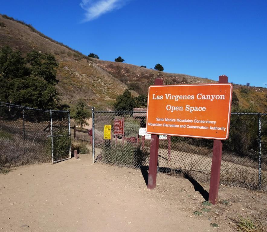 Trailhead at northern end of Las Virgenes Road in Calabasas