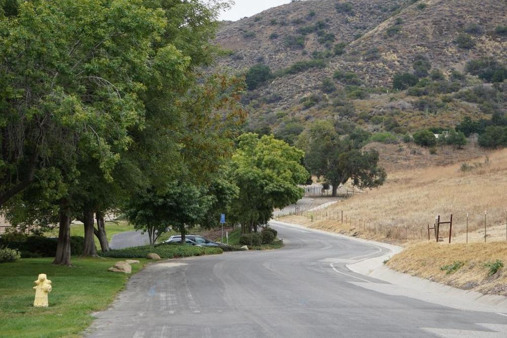The winding road to the trailhead