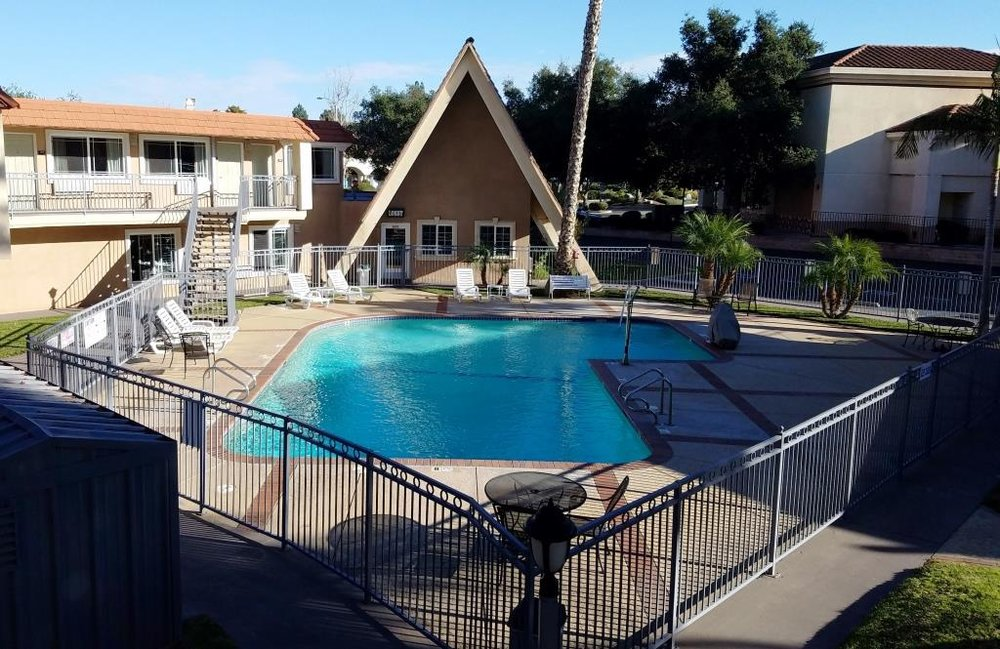 The pool area of the Quality Inn & Suites at 12 Conejo Blvd in 2017.