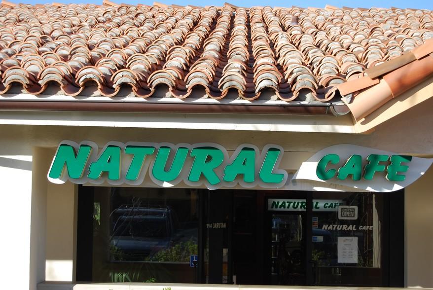 naturalcafenp.jpg