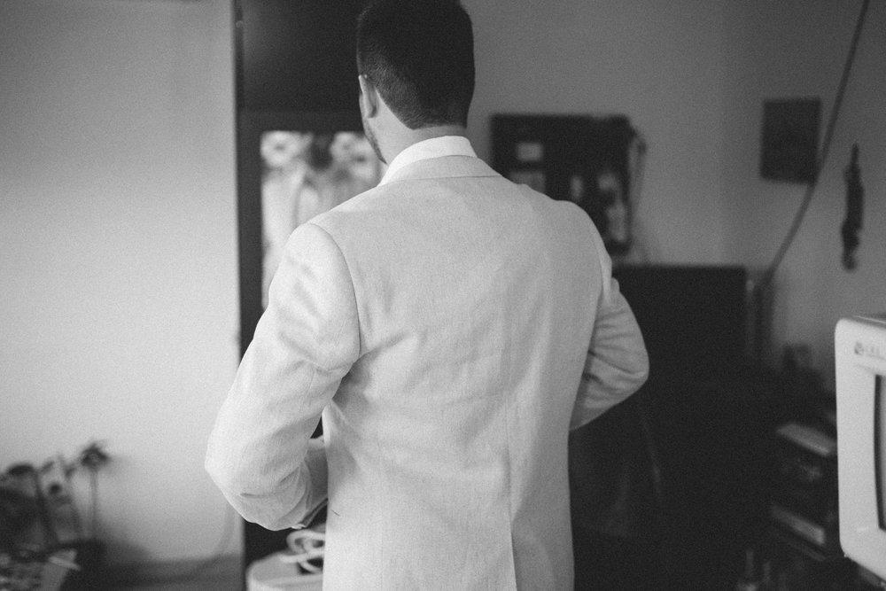 חליפת חתן.jpg