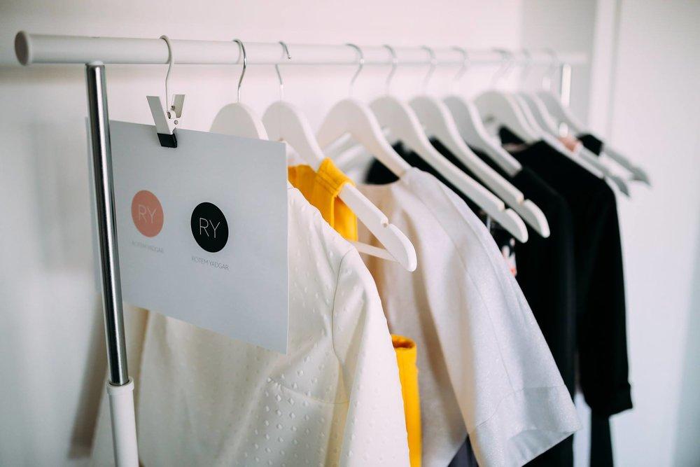 בגדי מעצבים.jpg