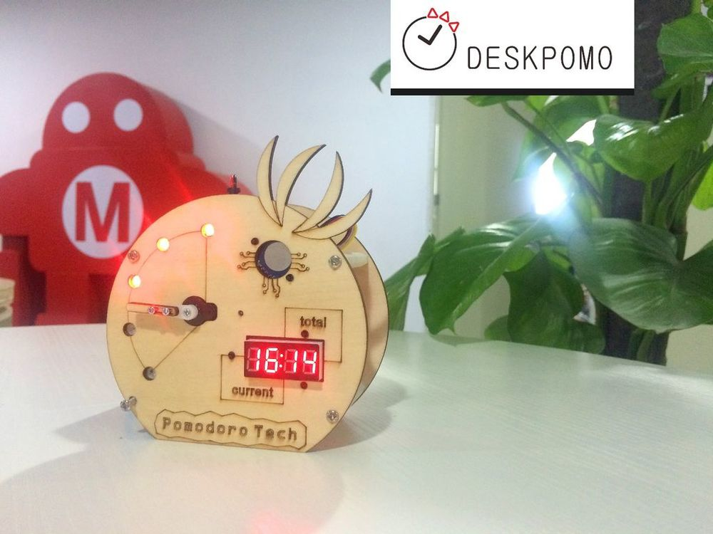 A desktop Pomodoro clock made with a Seeeduino, designed by Joseph Yang