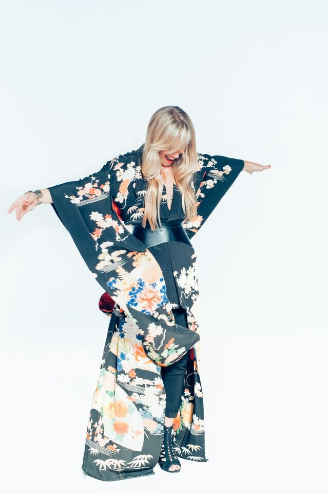Image 3. Laura Kimono.jpg