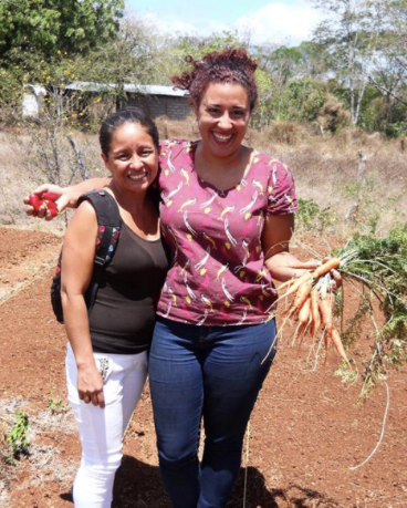Ashley Rerrie (right) & Marta (left), a Los Norteños community member