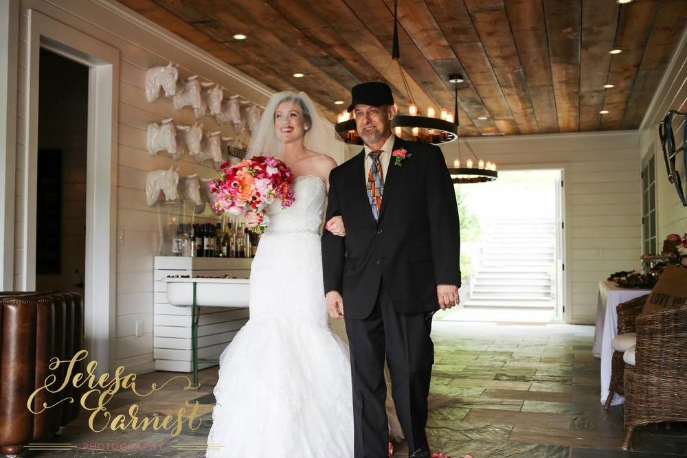 brittany-and-jon-teresa-earnest-photography-sugar-boo-farms-wedding-ivory-and-beau-bridal-boutique-savannah-wedding-dresses-savannah-bridal-boutique-ti-adora-wedding-dress-ti-adora-4500-georgia-wedding-dresses-savannah-wedding-dresses-16.jpg
