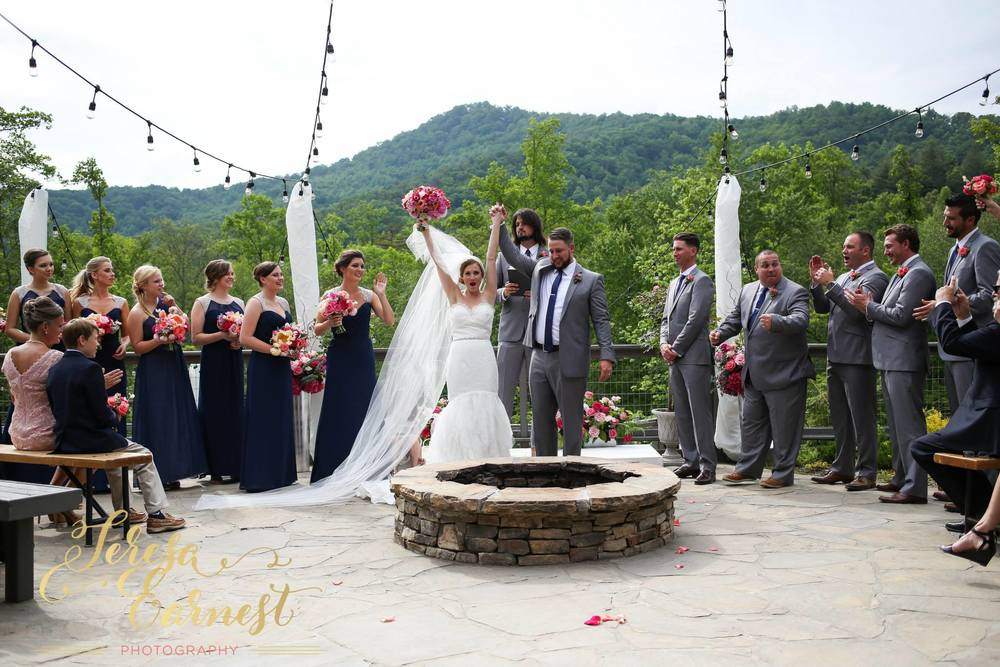 brittany-and-jon-teresa-earnest-photography-sugar-boo-farms-wedding-ivory-and-beau-bridal-boutique-savannah-wedding-dresses-savannah-bridal-boutique-ti-adora-wedding-dress-ti-adora-4500-georgia-wedding-dresses-savannah-wedding-dresses-20.jpg