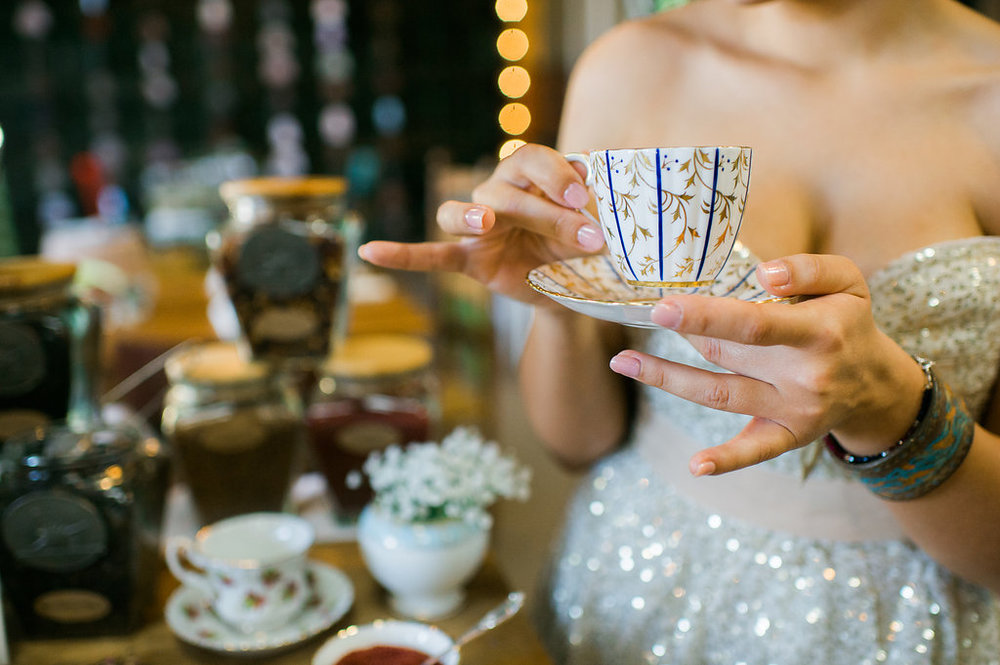 alice-in-wonderland-wedding-rach-lea-photography-rach-loves-troy-photography-ivory-and-beau-bridal-boutique-soho-cafe-savannah-wedding-venue-savannah-weddings-savannah-wedding-planner-sarah-seven-golden-lights-blushing-forever-september-14.jpg