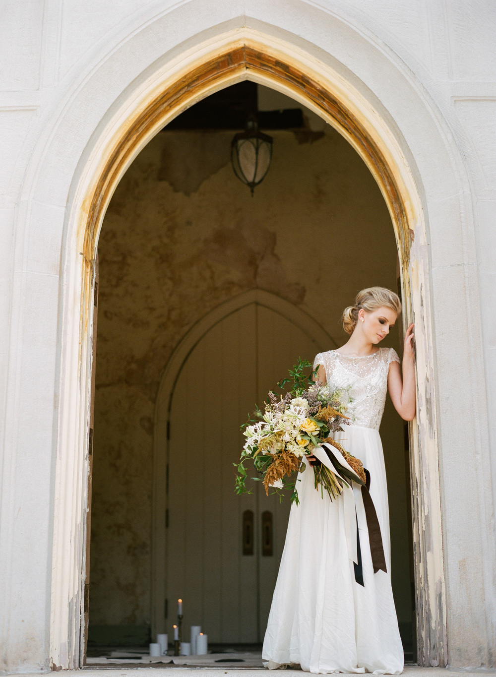 Olivia-Griffin-trendy-bride-magazine-willow-florals-sarah-seven-gwen-ivory-and-beau-bridal-boutique-savannah-wedding-dresses-savannah-bridal-boutique-savannah-wedding-savannah-bridal-gowns-savannah-wedding-planner-georgia-bridal-boutique-19.JPG