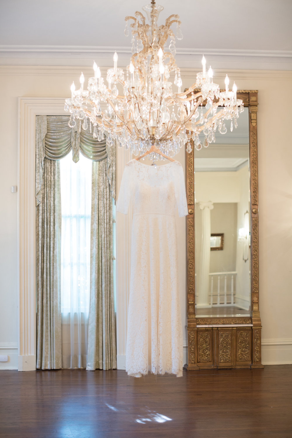 Lyndi-J-Photography-Larger-Than-Life-Events-brockington-hall-ivory-and-beau-bridal-boutique-savannah-wedding-dresses-savannah-bridal-gowns-rebecca-schoneveld-elsa-savannah-weddings-georgia-bridal-boutique-jacksonville-bridal-charleston-bridal-2.jpg