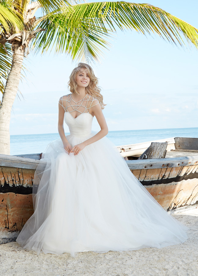 blush-hayley-paige-bridal-tulle-ball-gown-gathered-sweetheart-full-skirt-chapel-train-1500_zm.jpg