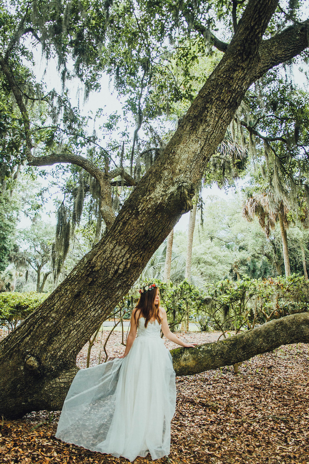 Urban-Poppy-Southern-Wedding-Mallory-and-Justin-photography-ivory-and-beau-bridal-boutique-sarah-seven-marion-boho-bride-indie-bride-indie-wedding-dress-savannah-weddings-hilton-head-weddings-beach-wedding-10.jpg