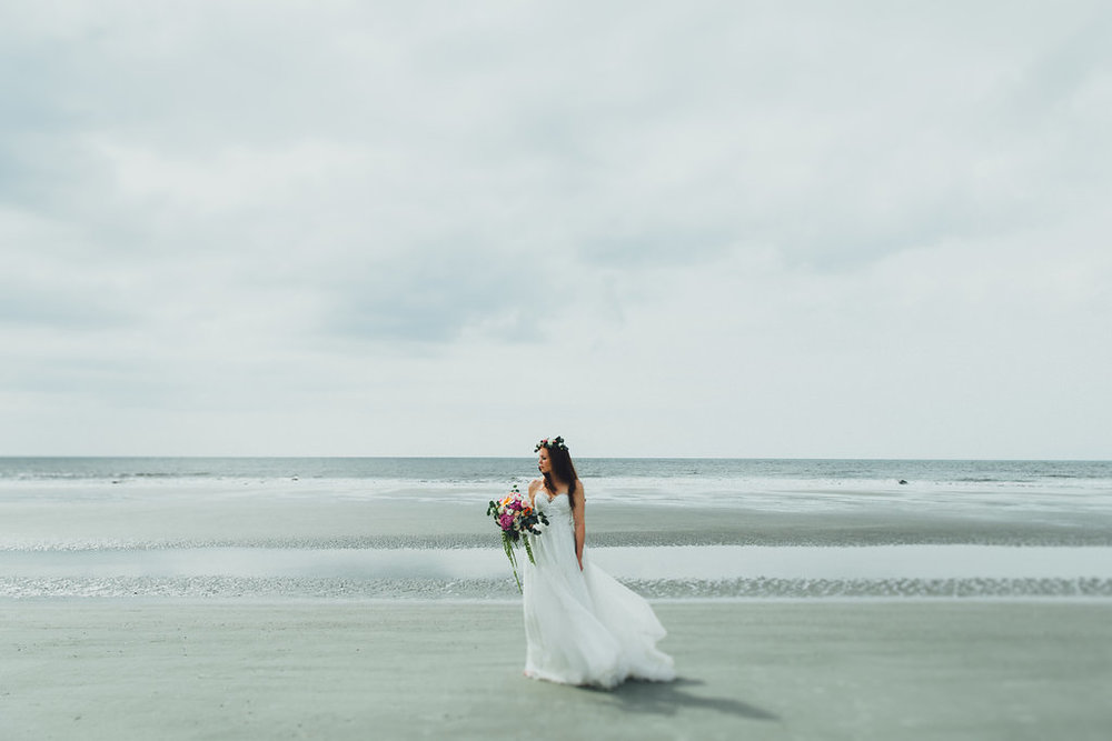 Urban-Poppy-Southern-Wedding-Mallory-and-Justin-photography-ivory-and-beau-bridal-boutique-sarah-seven-marion-boho-bride-indie-bride-indie-wedding-dress-savannah-weddings-hilton-head-weddings-beach-wedding-16.jpg