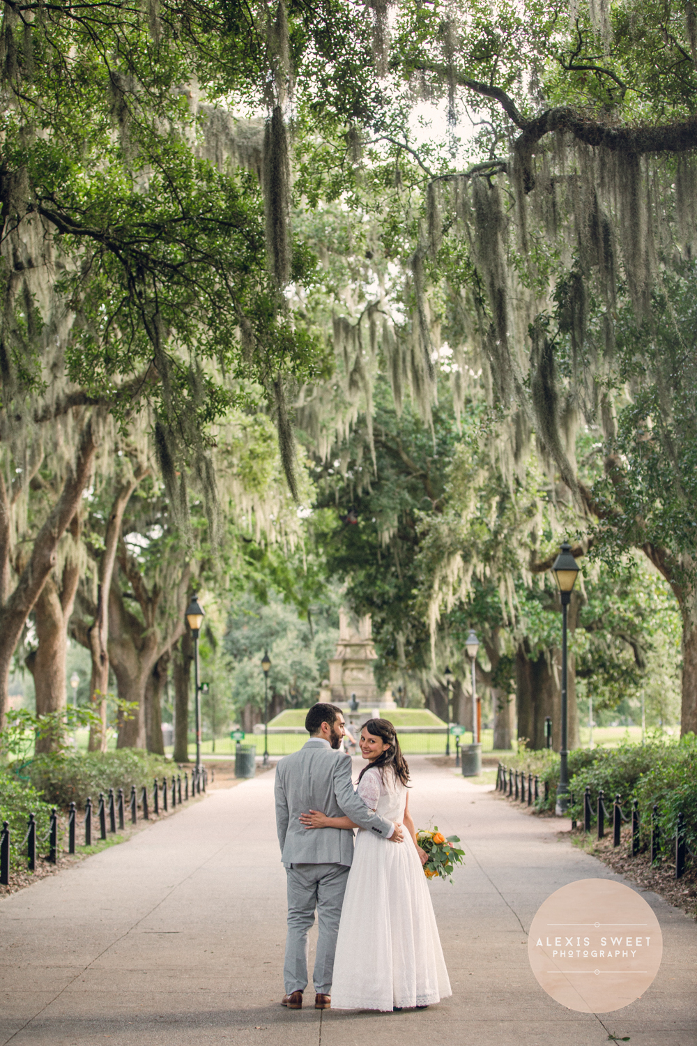 alexis-sweet-photography-ivory-and-beau-bridal-boutique-monterey-square-wedding-savannah-wedding-planner-savannah-weddings-historic-savannah-wedding-vintage-wedding-peach-wedding-southern-vintage-wedding-savannah-bridal-boutique-15.jpg