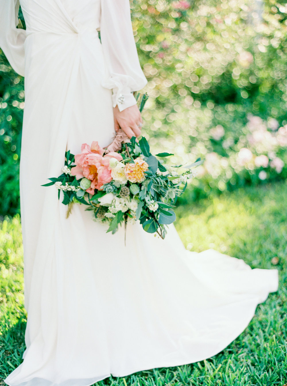 Shalyn-Nelson-photography-ivory-and-beau-bridal-boutique-ivory-and-beau-wedding-planning-barr-mansion-blush-by-hayley-paige-vienna-sweet-magnolia-floral-austin-texas-wedding-savannah-wedding-savannah-bridal-boutique-savannah-weddings-13.jpg