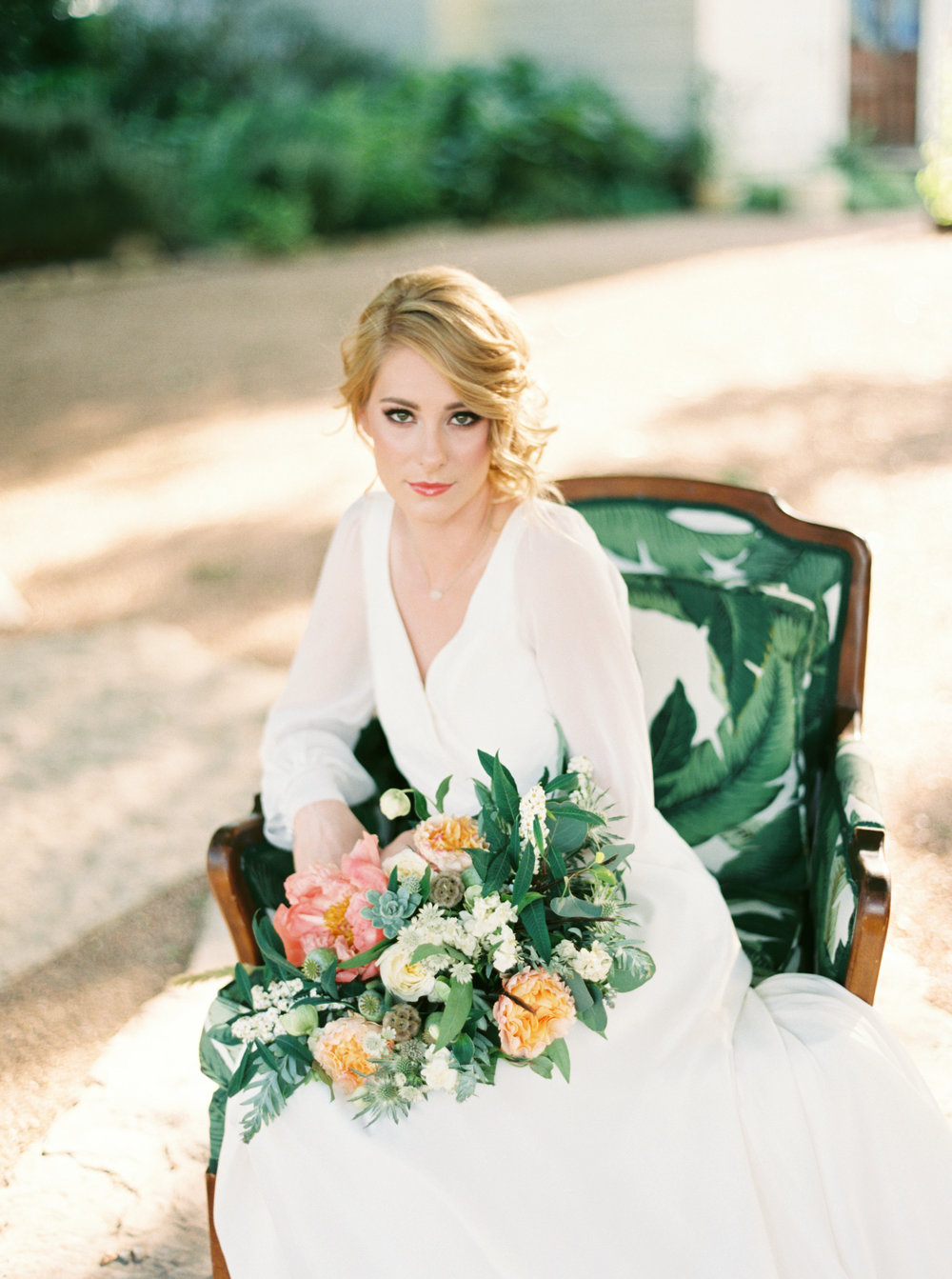 Shalyn-Nelson-photography-ivory-and-beau-bridal-boutique-ivory-and-beau-wedding-planning-barr-mansion-blush-by-hayley-paige-vienna-sweet-magnolia-floral-austin-texas-wedding-savannah-wedding-savannah-bridal-boutique-savannah-weddings-21.jpg