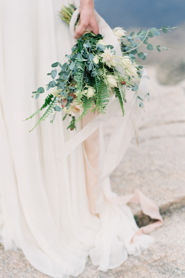 natural-fern-wedding-bouquet2.png