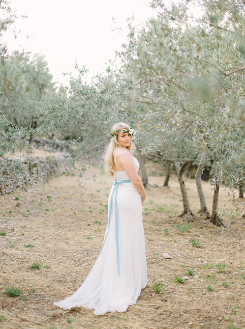 Maya-Marechal-photography-provence-france-elopement-isla-joy-rebecca-schoneveld-ivory-and-beau-bridal-boutique-savannah-wedding-dresses-savannah-bridal-boutique-savannah-weddings-indie-wedding-dress-handmade-wedding-dress-lace-mermaid-11.png