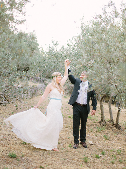 Maya-Marechal-photography-provence-france-elopement-isla-joy-rebecca-schoneveld-ivory-and-beau-bridal-boutique-savannah-wedding-dresses-savannah-bridal-boutique-savannah-weddings-indie-wedding-dress-handmade-wedding-dress-lace-mermaid-13.png