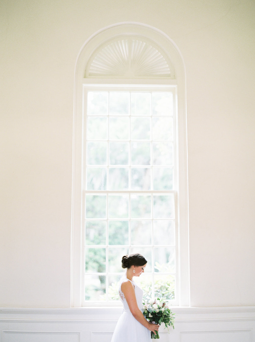 the-happy-bloom-photography-ivory-and-beau-wedding-planning-ivory-and-beau-bridal-boutique-whitfield-chapel-wedding-10-downing-wedding-savannah-wedding-historic-savannah-wedding-savannah-wedding-planner-savannah-weddings-a-to-zinnias-14.jpg