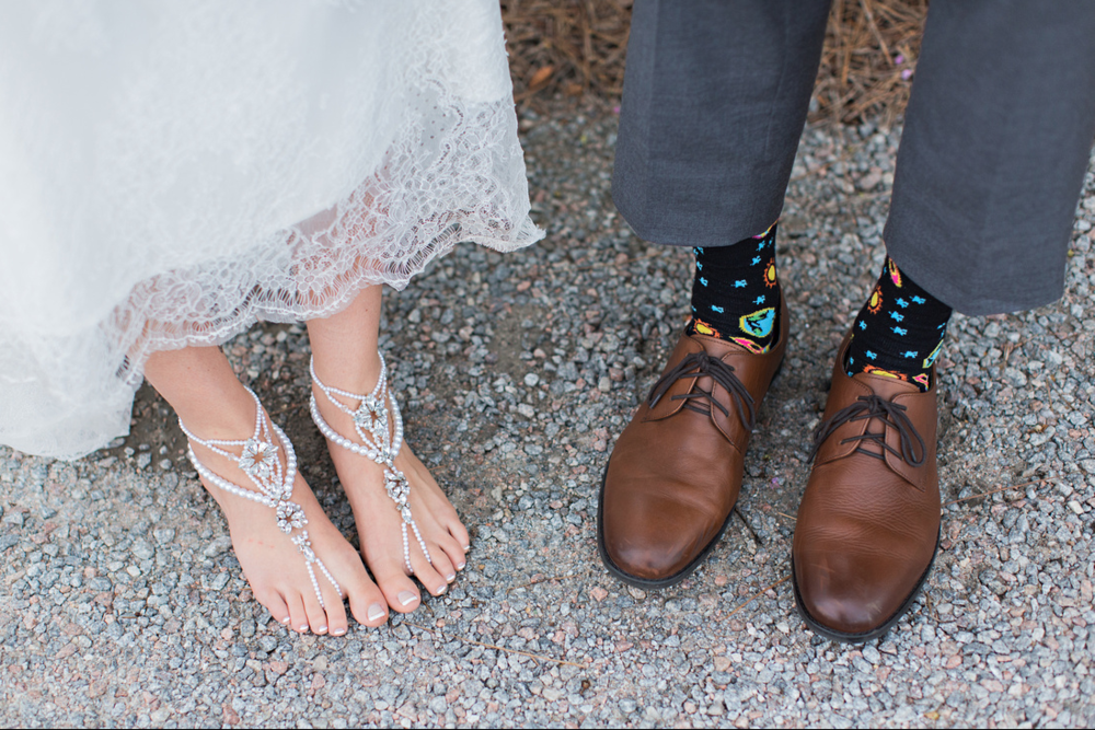 Bohemian and carefree bride, Kendall, went barefoot on her wedding day with just some bling adorning her feet to go with her lace boho Anna Campbell gown. Now that's what I would call ultimate comfort.
