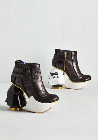 the-empire-struts-back-bootie-star-wars-heels-star-wars-themed-wedding-ivory-and-beau-savannah-wedding-planenr.png