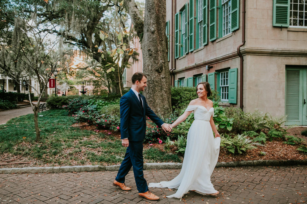 sara-bee-photography-charleston-wedding-savannah-weddings-ivory-and-beau-bridal-boutique-savannah-wedding-planner-sarah-seven-lafayette-sarah-seven-bride-sarah-seven-bridal-marsh-wedding-lowcountry-wedding-9.jpg