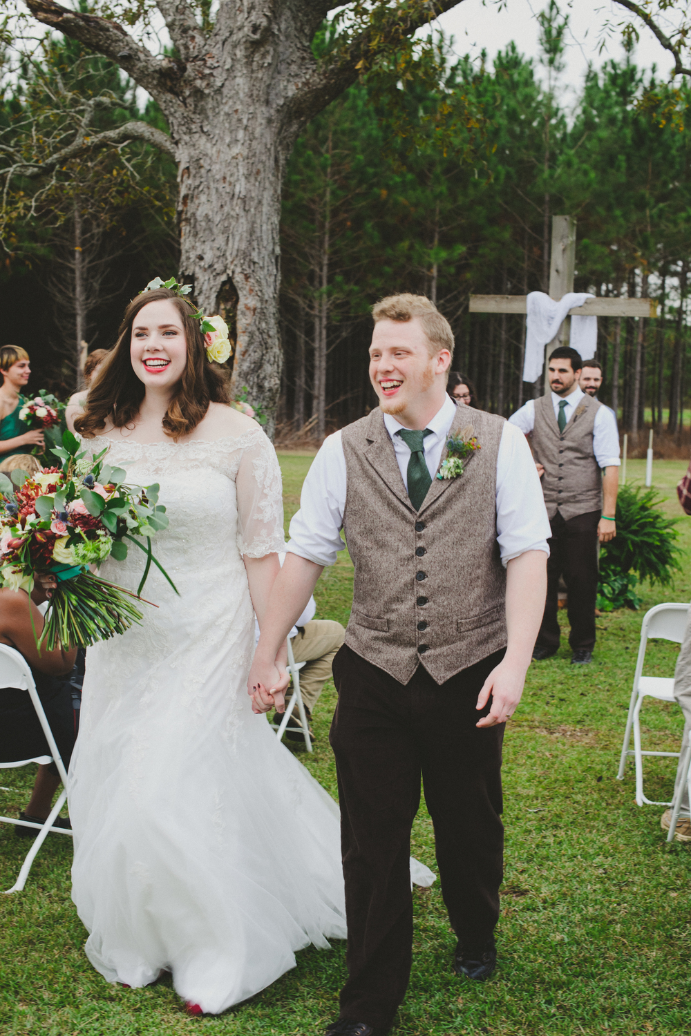 Ng-Photography-backyard-wedding-royal-hair-and-makeup-ivory-and-beau-wedding-planning-wedding-flowers-savannah-florist-savannah-flowers-savannah-weddings-savannah-wedding-savannah-event-planner-savannah-wedding-planner-savannah-rustic-wedding-16.jpg