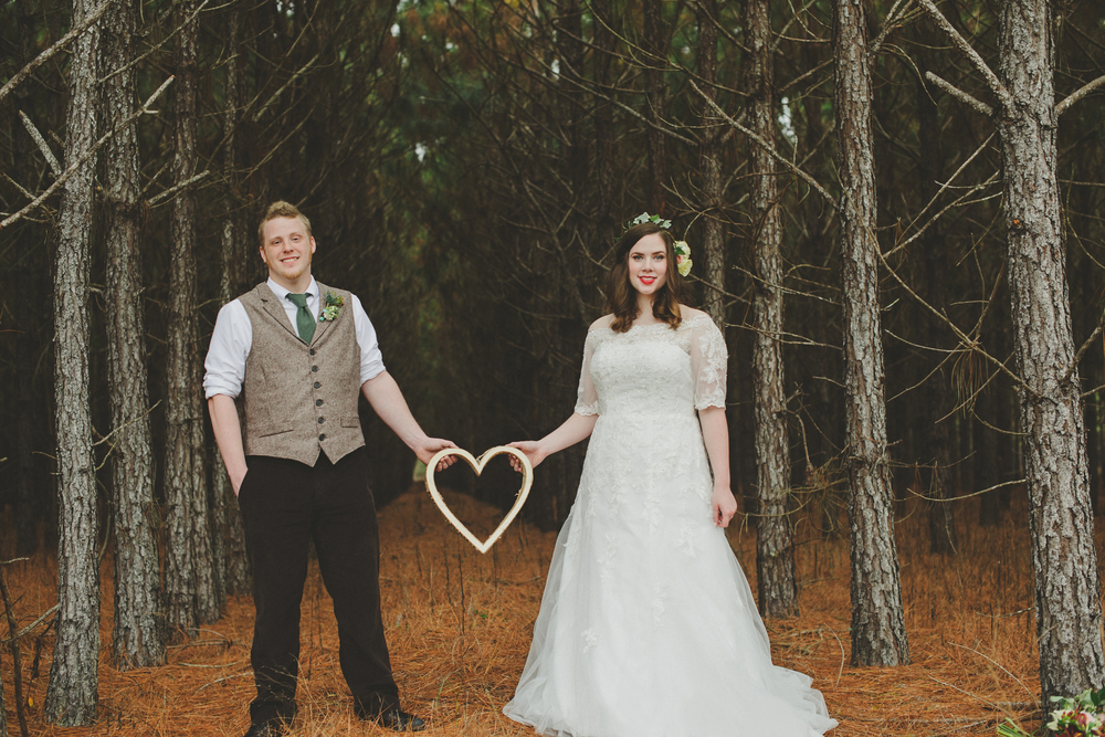 Ng-Photography-backyard-wedding-royal-hair-and-makeup-ivory-and-beau-wedding-planning-wedding-flowers-savannah-florist-savannah-flowers-savannah-weddings-savannah-wedding-savannah-event-planner-savannah-wedding-planner-savannah-rustic-wedding-18.jpg