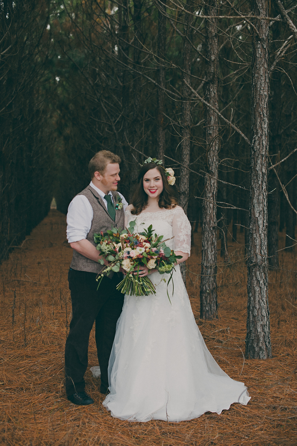 Ng-Photography-backyard-wedding-royal-hair-and-makeup-ivory-and-beau-wedding-planning-wedding-flowers-savannah-florist-savannah-flowers-savannah-weddings-savannah-wedding-savannah-event-planner-savannah-wedding-planner-savannah-rustic-wedding-20.jpg