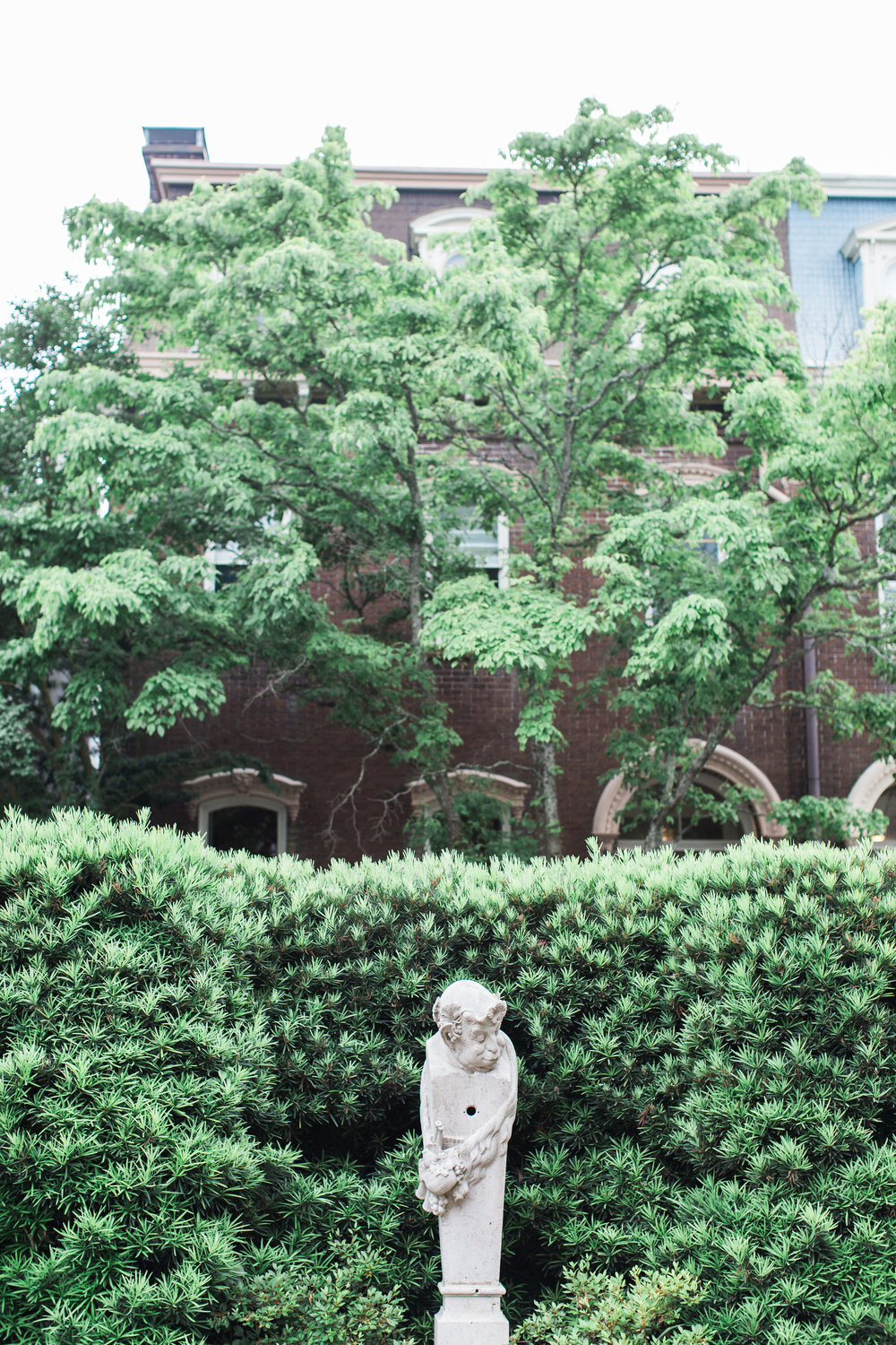 harper-fowlkes-house-wedding-ivory-and-beau-savannah-wedding-planner-savannah-event-designer-savannah-wedding-florist-historic-home-wedding-in-savannah-georgia-destination-wedding-planner-3.jpg