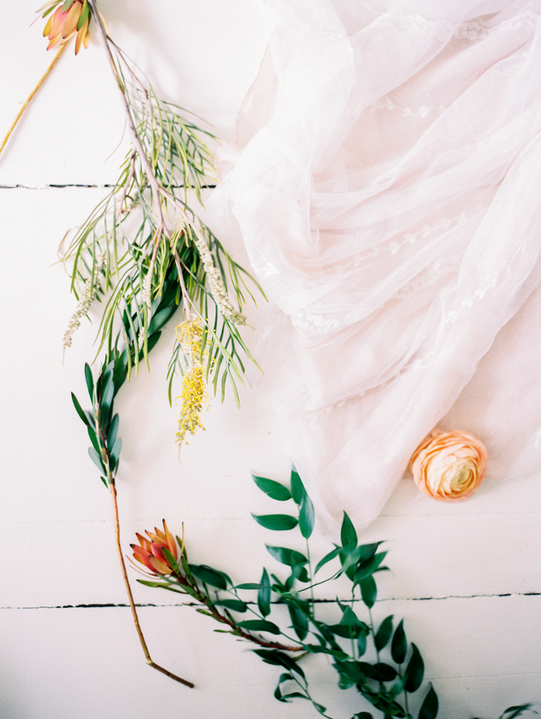 vitor-lindo-photography-ivory-and-beau-bridal-boutique-ti-adora-wedding-dress-boho-wedding-dress-savannah-bridal-boutique-savannah-weddings-savannah-wedding-dresses-savannah-wedding-planner-colonial-house-of-flowers-11.jpg