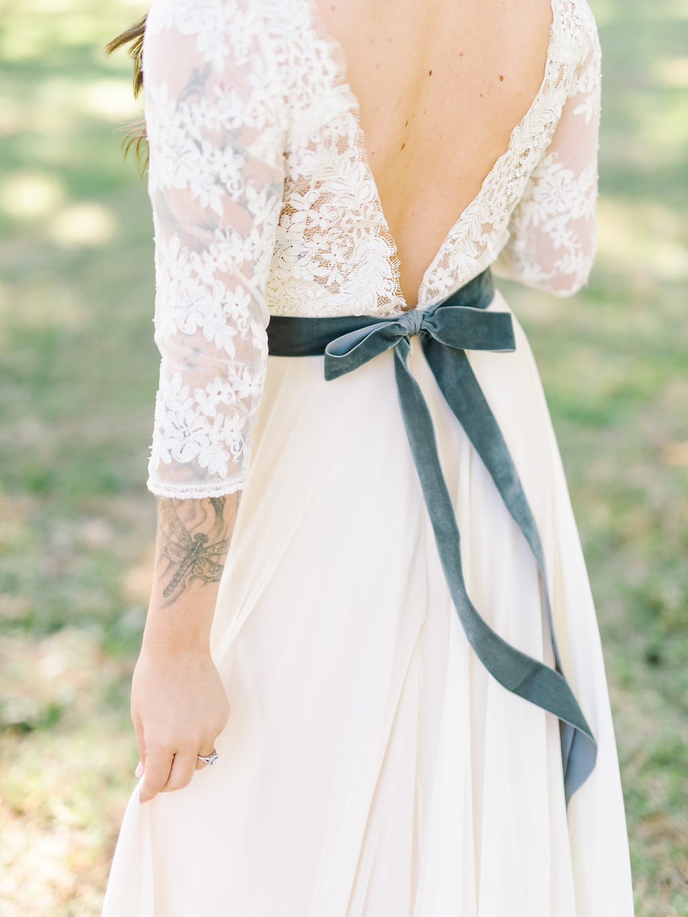 rach-loves-troy-photography-atlanta-wedding-pineola-farms-wedding-cat-wedding-rebecca-shoneveld-vivian-sage-ivory-and-beau-bridal-boutique-savannah-wedding-dresses-savannah-bridal-boutique-savannah-bridal-gowns-savannah-florist-georgia-bridal-8.jpg