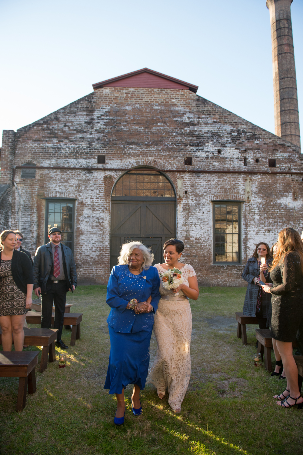 capree-kyle-la-vega-fotografie-roundhouse-railroad-museum-wedding-savannah-wedding-planner-rustic-savannah-wedding-museum-wedding-ivory-and-beau-savannah-bridal-boutique-savannah-weddings-savannah-event-designer-savannah-florist-11.jpg