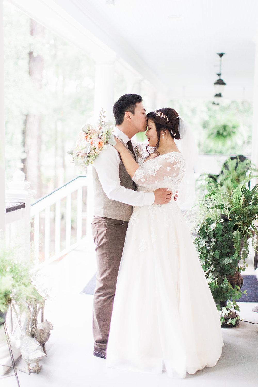 xiao-hang-wedding-apt-b-photography-ivory-and-beau-savannah-wedding-planner-savannah-event-designer-savannah-florist-the-mackey-house-wedding-chinese-southern-wedding-savannah-bridal-boutique-21.JPG
