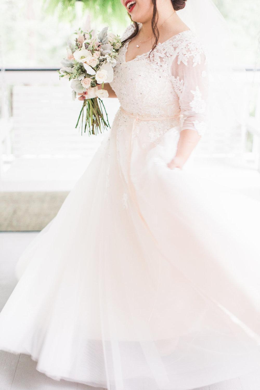 xiao-hang-wedding-apt-b-photography-ivory-and-beau-savannah-wedding-planner-savannah-event-designer-savannah-florist-the-mackey-house-wedding-chinese-southern-wedding-savannah-bridal-boutique-25.JPG